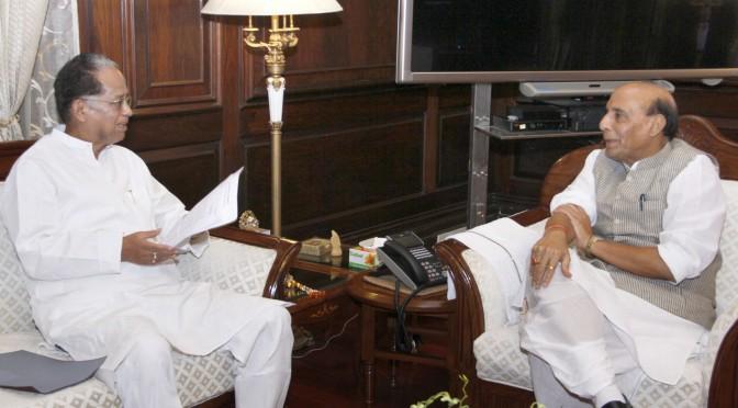 The Chief Minister of Assam, Shri Tarun Gogoi calling on the Union Home Minister, Shri Rajnath Singh, in New Delhi on August 27, 2015.