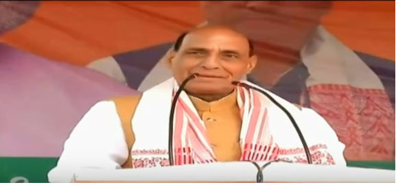 HM Shri Rajnath Singh addressing public meeting in Mahmora (Assam) on 30.03.2016 .