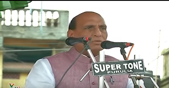 HM Shri Rajnath Singh addressing public meeting in Purulia (West Bengal) on 31-03-2016.
