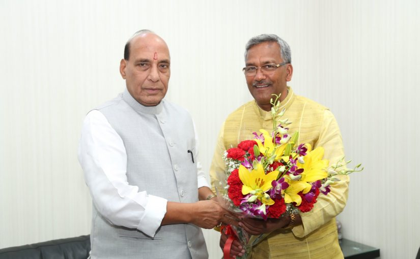 The Chief Minister of Uttarakhand, Shri Trivendra Singh Rawat calling on the Union Home Minister, Shri Rajnath Singh