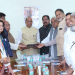 The All-Party delegation led by the Chief Minister of Haryana, Shri Manohar Lal Khattar calling on the Union Home Minister, Shri Rajnath Singh, regarding Satluj-Yamuna Link Canal issue, in New Delhi on March 24, 2017.