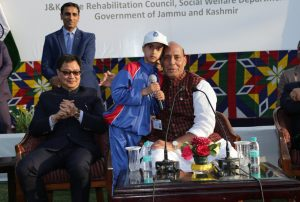 Shri Rajnath Singh meets Kashmiri Students