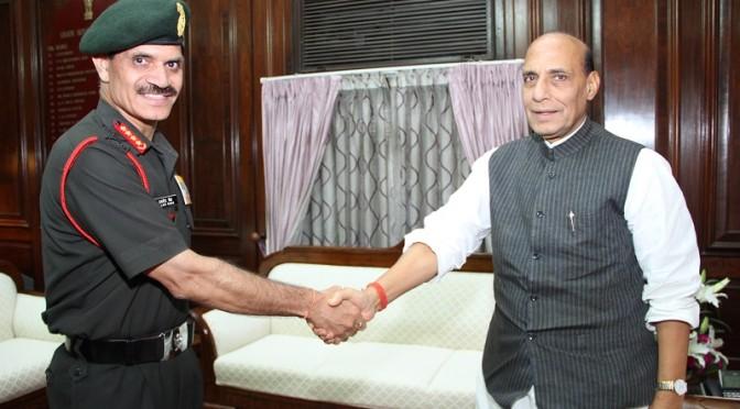 Shri Rajnath Singh meeting with General Dalbir Singh, The Chief of Army Staff (04/08/2014)