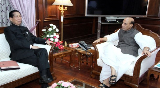 Meeting with Shri S.C. Jamir, The Governor of Odisha (20/08/2014)