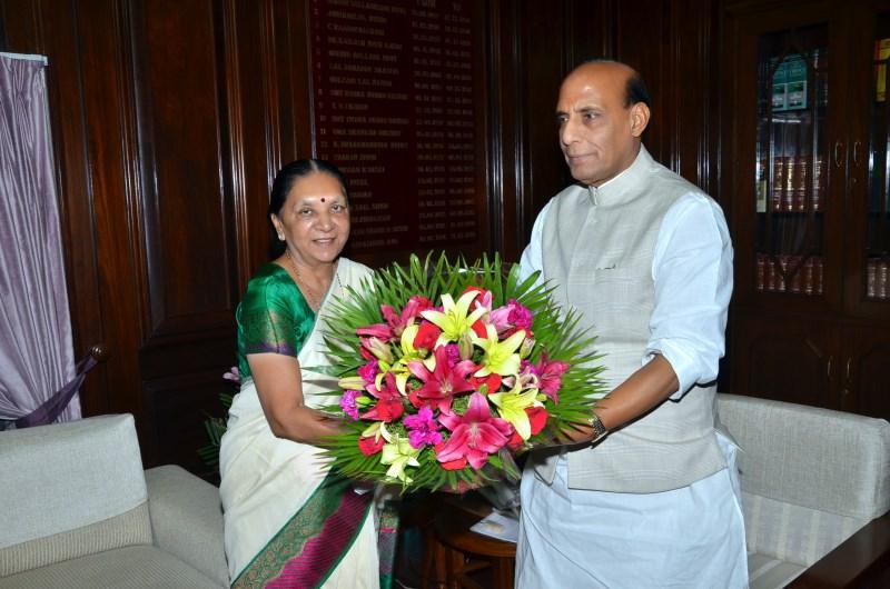 meeting-with-Mrs.Anandiben-Patel-2