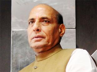 Rajnath Singh advises Congress on dignified language