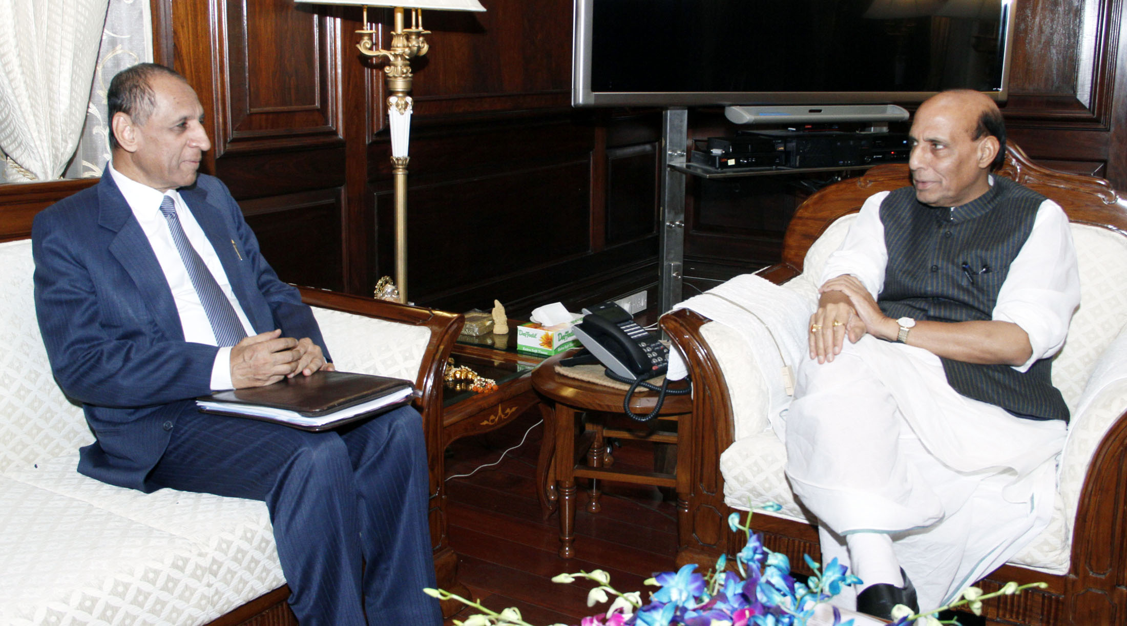 The Governor of Andhra Pradesh and Telangana, Shri E.S.L. Narasimhan calling on the Union Home Minister, Shri Rajnath Singh, in New Delhi on August 20, 2015.