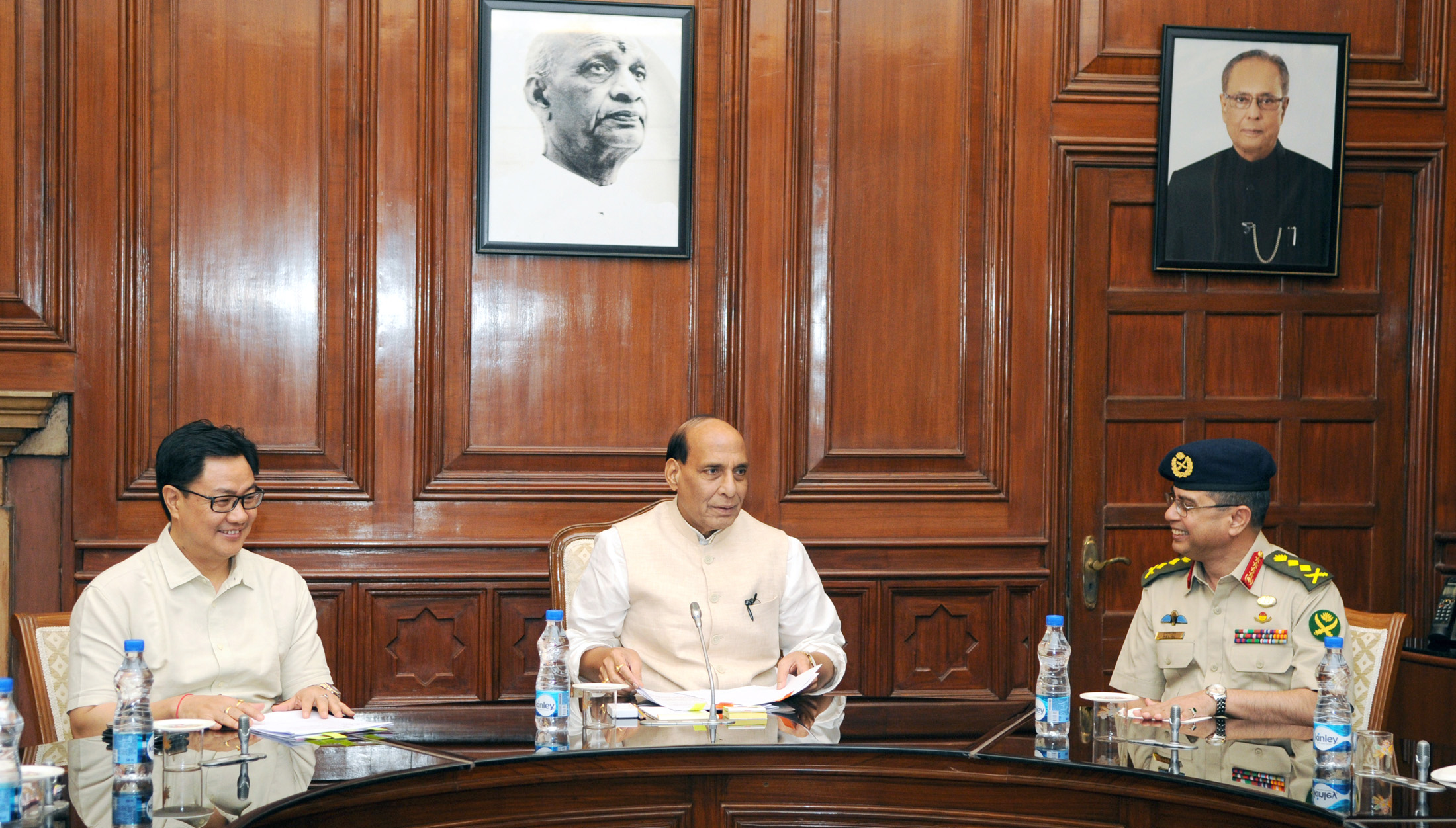 The Bangladesh Chief of Army Staff, General Abu Belal Muhammad Shafiul Huq calling on the Union Home Minister, Shri Rajnath Singh, in New Delhi on September 09, 2015.The Minister of State for Home Affairs, Shri Kiren Rijiju is also seen.