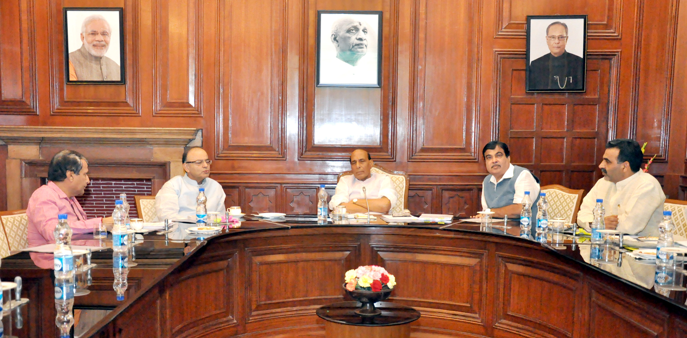 The Union Home Minister, Shri Rajnath Singh chairing a meeting to discuss amendments to the Pesticides Management Bill, 2008, in New Delhi on September 30, 2015. The Union Minister for Finance, Corporate Affairs and Information & Broadcasting, Shri Arun Jaitley, the Union Minister for Railways, Shri Suresh Prabhakar Prabhu, the Union Minister for Road Transport & Highways and Shipping, Shri Nitin Gadkari and the Minister of State for Agriculture and Farmers Welfare, Dr. Sanjeev Kumar Balyan are also seen.