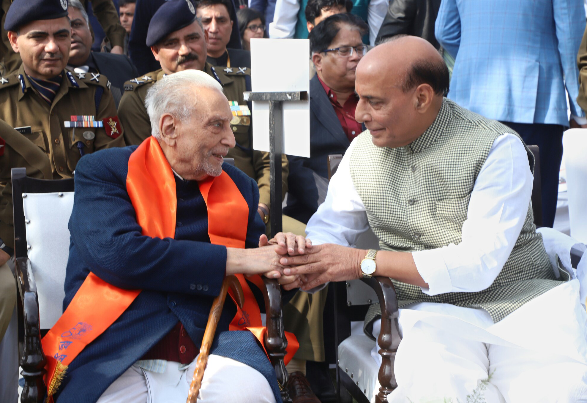 "The Union Home Minister, Shri Rajnath Singh greeting a family member of a martyr, at a function to raise funds for the ""Bharat ke Veer"" fund, in New Delhi on January 20, 2018."