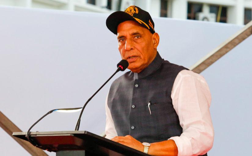 रक्षा मंत्री श्री राजनाथ सिंह ने युद्ध में घायल सैनिकों के लिए सरकारी आवास की सुविधा को तीन माह से बढ़ाकर एक वर्ष करने की मंजूरी दी