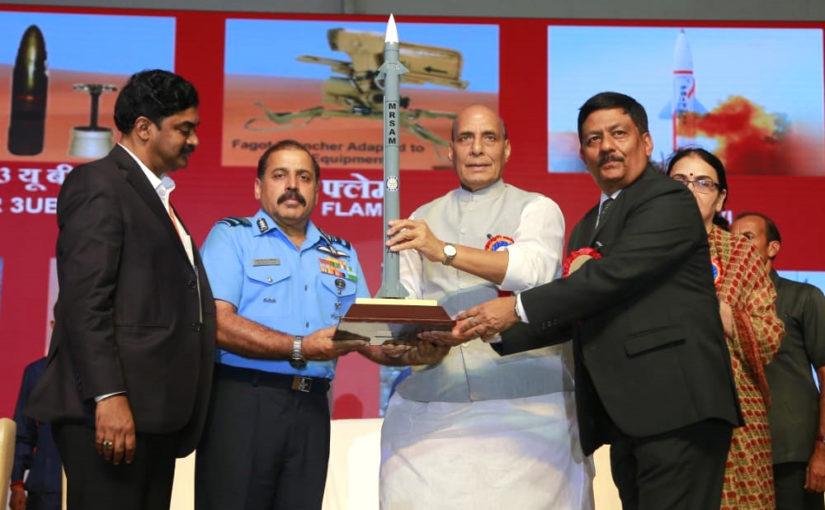 सैन्य बलों का आधुनिकीकरण उच्च प्राथमिकता: श्री राजनाथ सिंह
