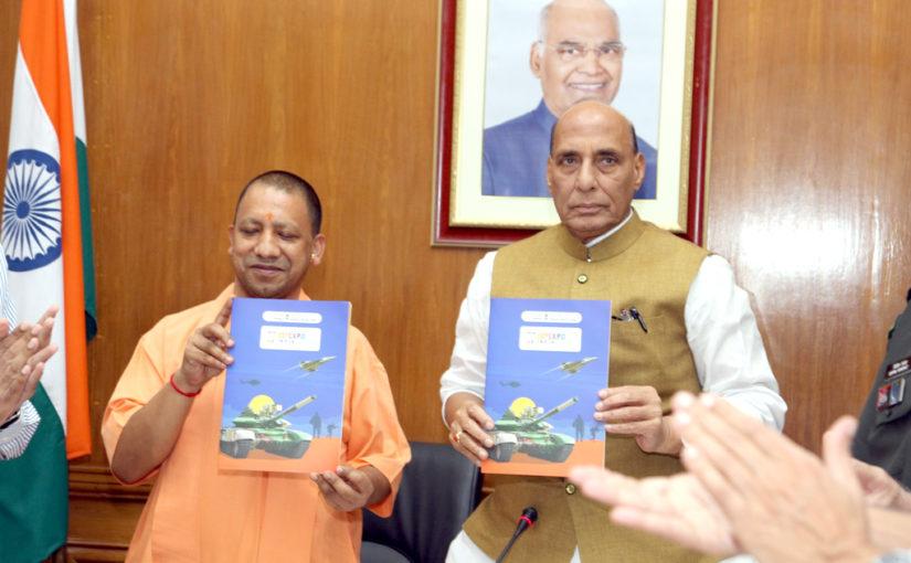 रक्षा मंत्री श्री राजनाथ सिंह और उत्तर प्रदेश के मुख्यमंत्री श्री योगी आदित्यनाथ ने एपेक्सा कमेटी की पहली बैठक में डेफएक्स 2020 की तैयारियों की समीक्षा की