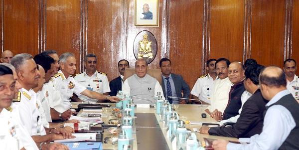 रक्षा मंत्री श्री राजनाथ सिंह ने समुद्री सुरक्षा में नौसेना द्वाराकिए स्वदेशीकरण के प्रयासों की प्रशंसा की