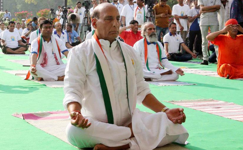 Raksha Mantri Shri Rajnath Singh Celebrates Yoga Day-2019