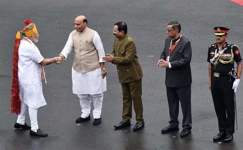 स्वाधीनता दिवस 2019 की पूर्व संध्या पर रक्षा मंत्री श्री राजनाथ सिंह का सैनिकों के नाम संदेश