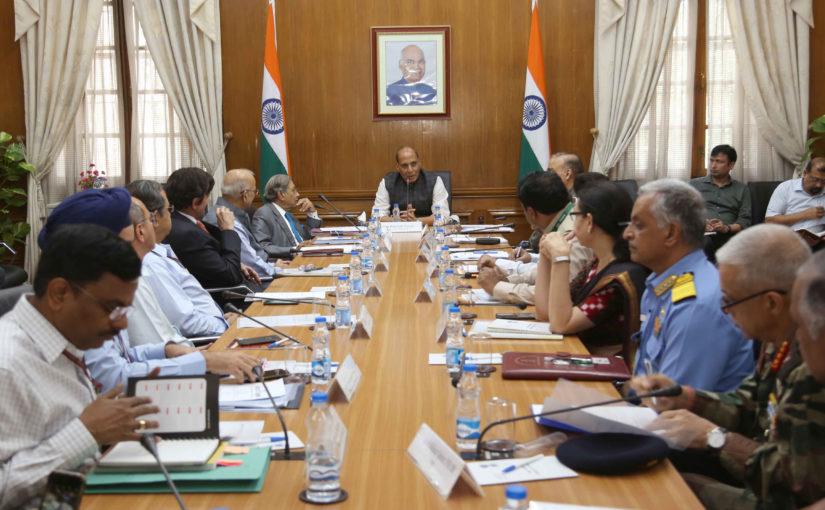 15वें वित्त आयोग ने रक्षा मंत्री श्री राजनाथ सिंह और रक्षा मंत्रालयके वरिष्ठ अधिकारियों के साथ बैठक की