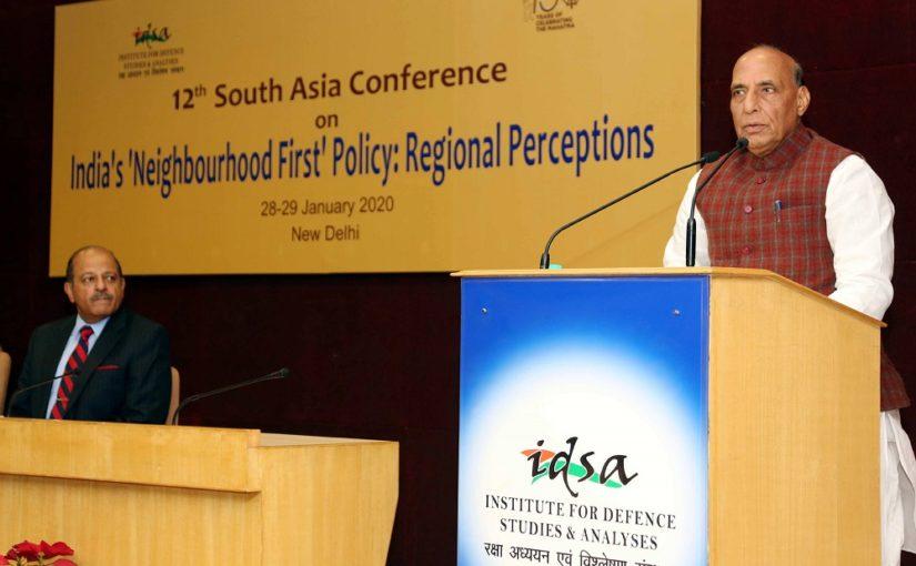 रक्षा मंत्री ने सीमापार आतंकवाद से निपटने के लिए भारत के दृढ़ संकल्प को दोहराया