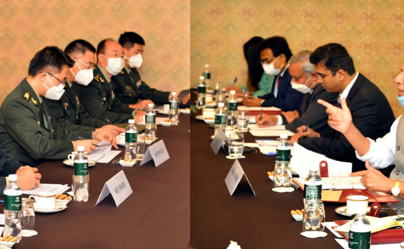 Raksha Mantri Shri Rajnath Singh meets Chinese Defence Minister at latter's request on the sidelines of SCO meeting in Moscow