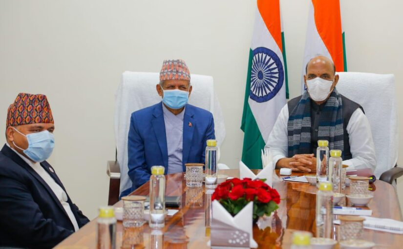 Meeting between Raksha Mantri Shri Rajnath Singh and Foreign Minister of Nepal Mr. Pradeep Kumar Gyawali